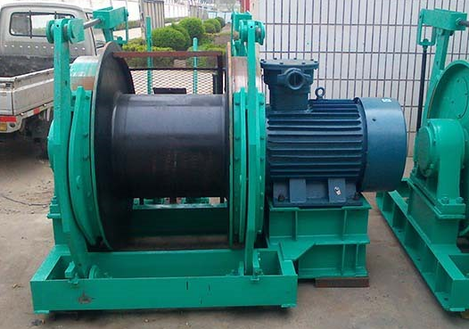 8 tons winches